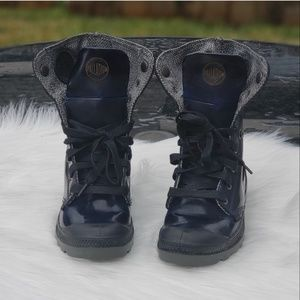 Palladium boots with fold down option